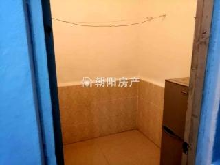 洞泉小区自建房两室一厅中装出租_5