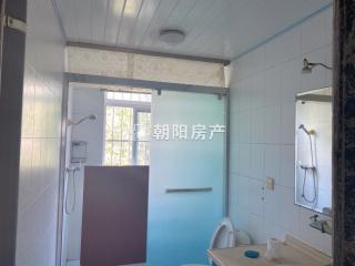 广场小区 3室2厅 普通装修_8