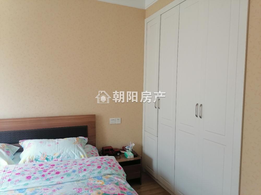 淮河新城四期3室2厅精装好房出售 拎包入住交通便利