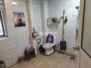 前锋电力村3室2厅精装出售 1楼带院子 开的有门_12