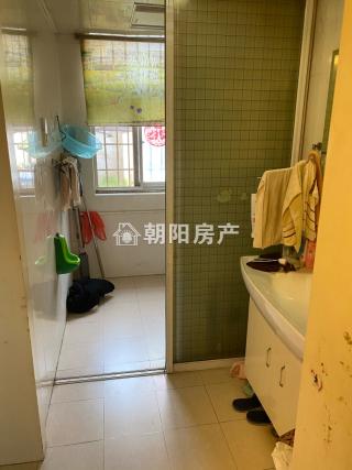 前锋花园2室1厅普装1楼带大院子低价出售_11
