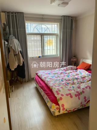 前锋花园2室1厅普装1楼带大院子低价出售_8